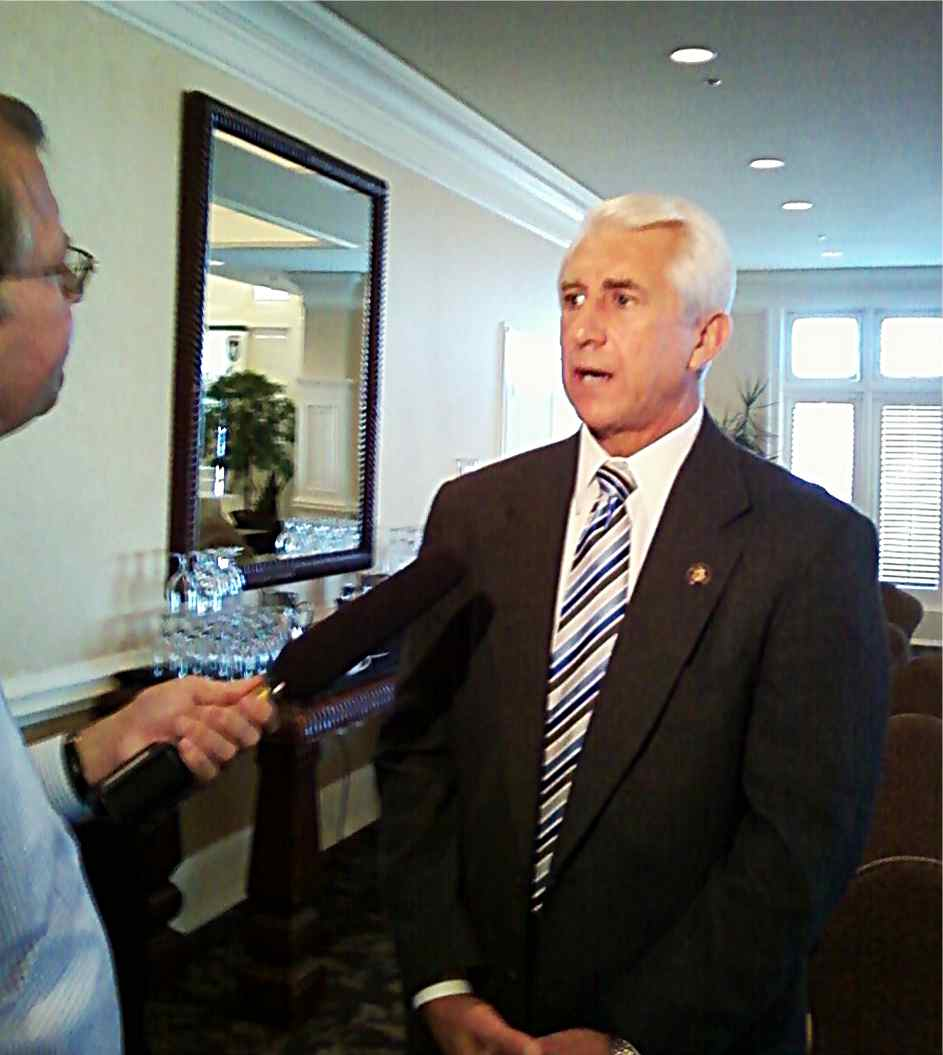 Reichert at the candidates' forum (photo by Don Smith)